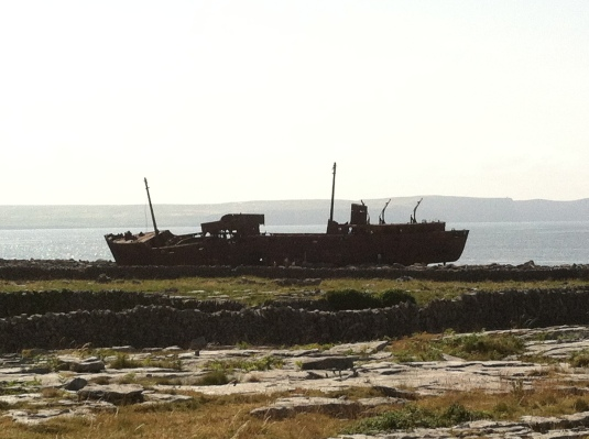 Shipwreck on the Island